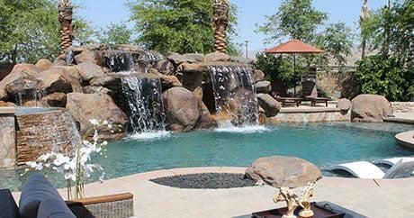 Diy network tops up pool kings news c21media for Pool kings design