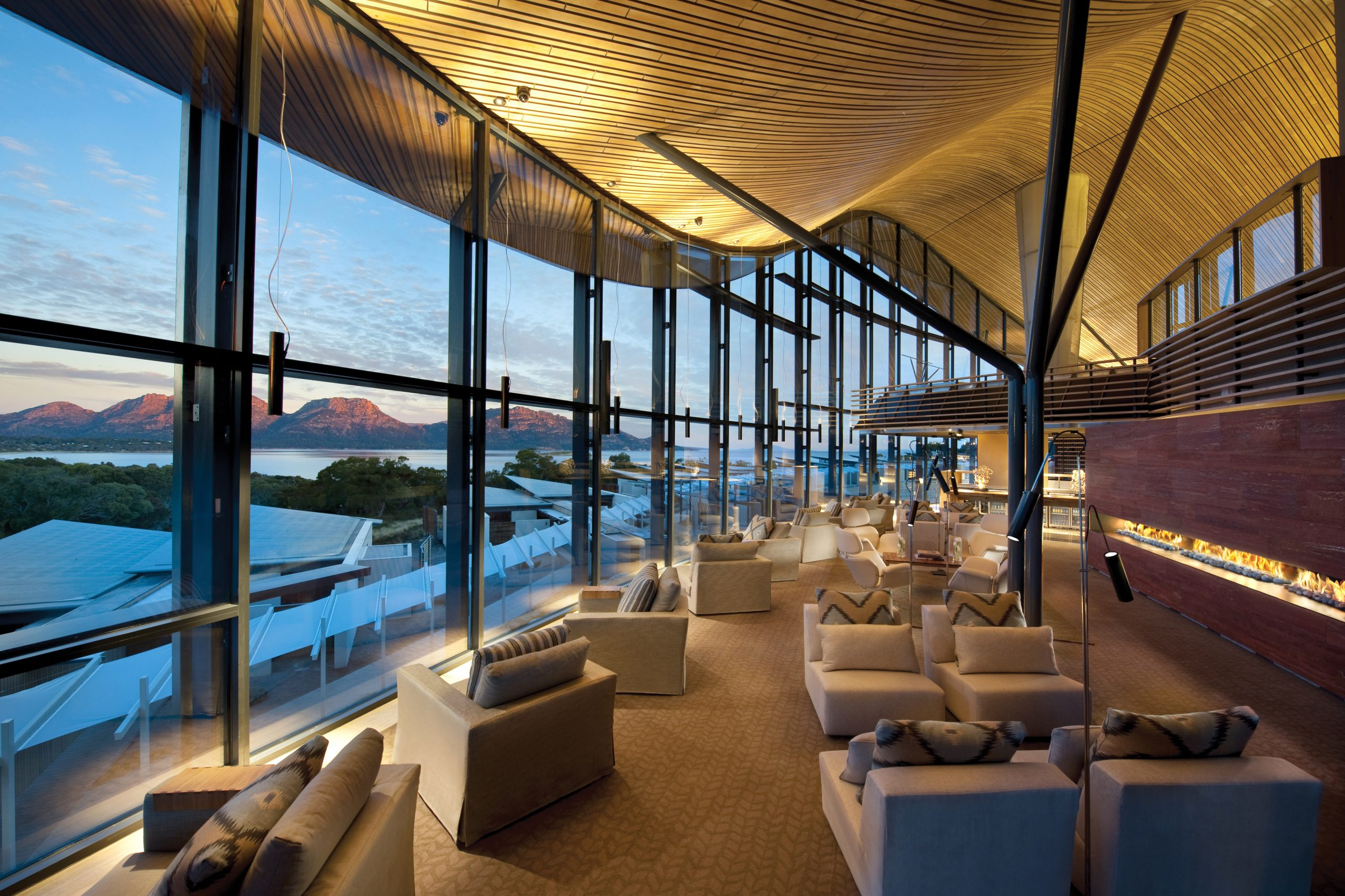 Lap of Luxury: Ultimate Escapes Down Under